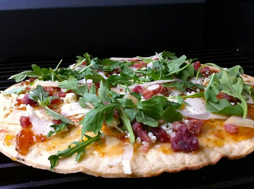 figs prosciutto and fig pizza with fig and prosciutto pizza with fig ...