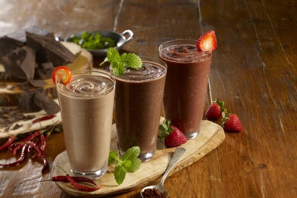 Smoothie King_Dark Chocolate Group Photo